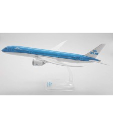 1:200 KLM BOEING 787-9 DREAMLINER - сглобка без лепило