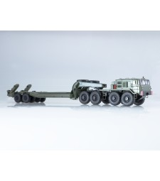 MAZ-537 Heavy Tractor Truck with heavy Semitrailer CMZAP-5247G