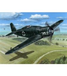 """1:32 Самолет Fiat G.50bis """"Luftwaffe and Croatian AF"""""""