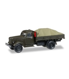 "1:87 Pick-up truck with load under the canvas ""Sowjetisches Militär"""