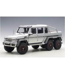 MERCEDES BENZ G63 AMG 6 x 6 (SILVER) 2013 (COMPOSITE MODEL/FULL OPENINGS)
