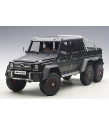 MERCEDES-BENZ G63 AMG 6x6 (MATT BLACK) 2013
