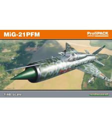 1:48 Съветски изтребител МИГ-21 ПМФ (MiG-21PFM)