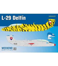 1:48 Чехословашки военен тренировъчен самолет Аеро Ла-29 Делфин (L-29 Delfín)