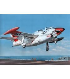 """1:32 Тренировъчен самолет T-2 Buckeye """"Red & White Trainer"""""""