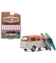 """Volkswagen Type 2 Crew Cab Pick-Up """"Doka"""" with Surfboard Solid Pack - The Hobby Shop Series 3"""
