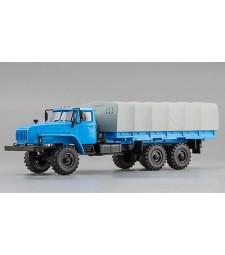 URAL-4320-0911 Flatbed Truck