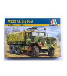 """1:35 Американски военен камион М923 А1 """"Голямата стъпка"""" (M923 A1 """"BIG FOOT"""")"""