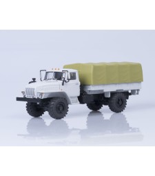 URAL-43206 Flatbed Truck with Tent