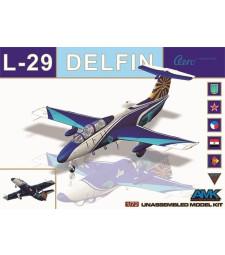 1:72 Тренировъчен самолет AERO L-29 Delfin