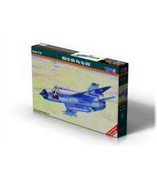 1:72 Севетски изтребител MiG-21MA 'Pin up Girl'