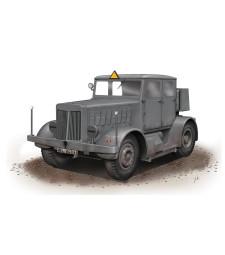 1:72 Тежък влекач SS-100 Gigant Schwerer Radschlepper/Heavy Tractor