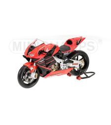HONDA RC211V V.ROSSI Summer Testbike 2001