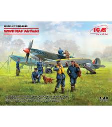 1:48 WWII RAF Airfield (Spitfire Mk.IX, Spitfire Mk.VII, RAF Pilots and Ground Personnel (7 figures))