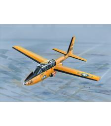 """1:72 Американски тренировъчен самолет TT-1 Pinto """"US Navy Trainer"""""""