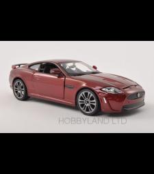 Jaguar XKR-S, metallic-dark red