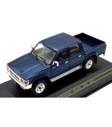 Toyota Hilux SR5, metallic-dark blue, 1997