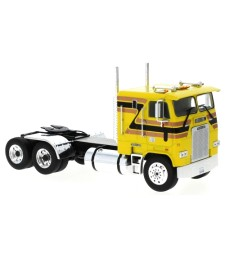 Freightliner FLA, yellow/Decorated, 1993