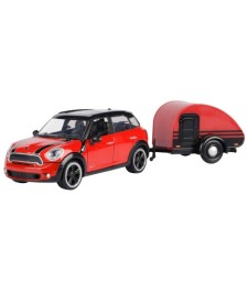 Mini Cooper S Countryman, red / black, with caravan