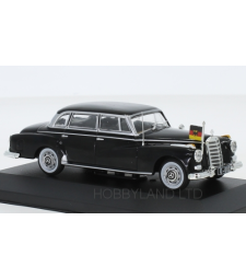 Mercedes 300d (W189), black, 1957
