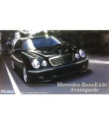 1:24 Автомобил Real Sports Car Series, RS74 Mercedes-Benz E430 Avantgarde
