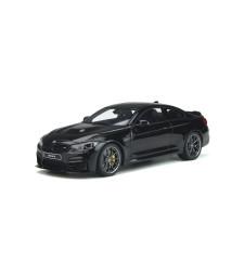 BMW M4 CS (F82)