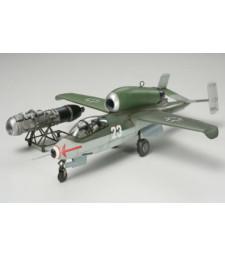 1:48 Германски изтребител German Heinkel He162 A2