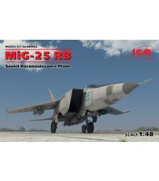 1:48 Съветски разузнавателен самолет МиГ-25 РБ (MiG-25 RB, Soviet Reconnaissance Plane)