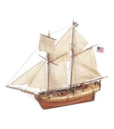 """1:35 """"Независимост"""" - Модел на кораб от дръво"""