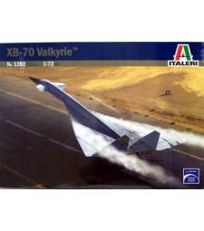 1:72 Бомбардировач на САЩ  XB-70 VALKIRYE