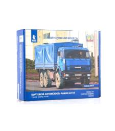 KAMAZ-43118 6x6 Flatbed Truck - Die-cast Model Kit