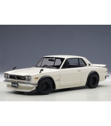 NISSAN SKYLINE GT-R (KPGC10) TUNED VERSION (WHITE) 1973