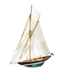 """1:28 """"Пен Дюик"""" (Pen Duick) - Модел на кораб от дърво"""