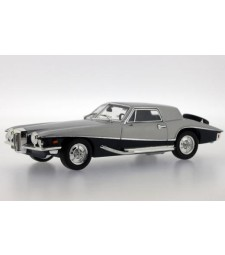 STUTZ BLACKHAWK Coupe 1971 2 Tones