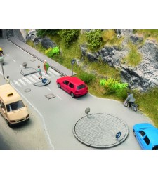 Комплект пътни знаци за колело и пешеходна пътека - 26 броя с 5 стълба и 49 знака, височина 0,2 см