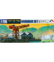 1:700 Комплект от умалени модели за пристанище Waterline Series Harbour Set