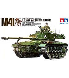 1:35 Американски лек танк U.S. M41 Walker Bulldog - 3 фигури