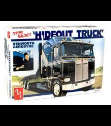 1:25 Камионът скривалище на Тайрън Малоун (Tyrone Malone's Hideout Truck)