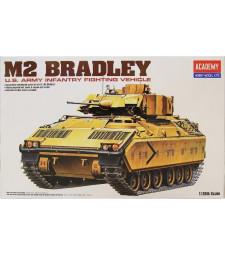 1:35 Американски танк М2 Брадли с интериор (M2 BRADLEY IFV+INTERIOR)