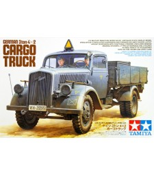 1:35 Германски 3 тонен военен камион Opel Blitz 4x2 - 2 фигури