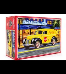1:25 Автомобил седан за доставки Coca-Cola 1940 Ford Sedan Delivery