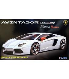 1:24 Спортен автомобил Ламборгини Авентадор Бианко Росо 2012 (RS-6 Lamborghini Aventador Bianco Rosso with p/e)