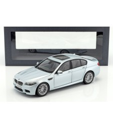 BMW M5 V8 BiTurbo F10 coupe Silverstone II