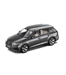 Audi Q7 - Graphite Grey
