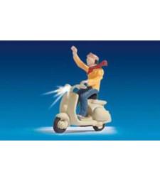 Моторист на скутер 1 - Светещи фигури
