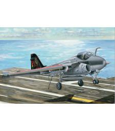 """1:32 Американски многоцелеви палубен изтребител A-6E:TRAM """"INTRUDER"""""""