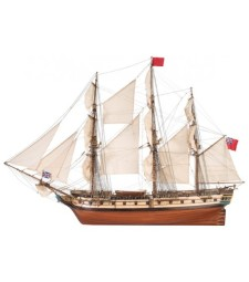 """1:48 """"Изненада"""", корабът от филма """"Господар и командир: Далечния край на света"""" (HMS Surprise) - Модел на кораб от дърво"""