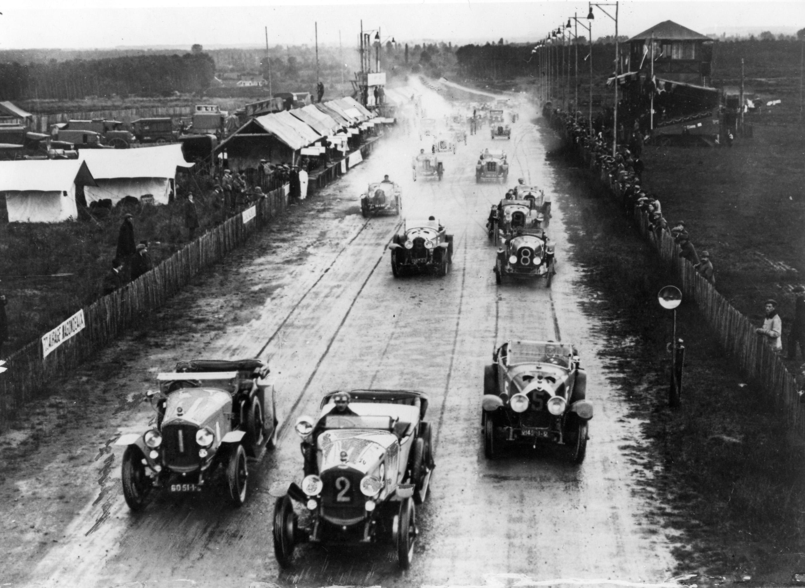 Първото състезание - 1923!